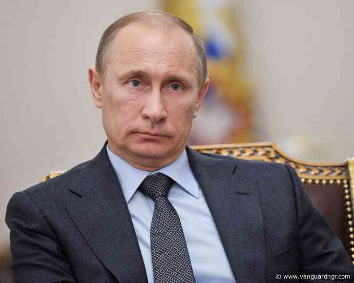 Putin warns West against crossing 'red line'