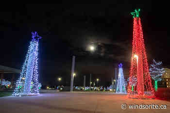 Christmas Visual: The Town Of LaSalle   windsoriteDOTca News - windsoriteDOTca News