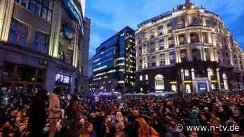 Demonstrationen in ganz Russland: Polizei nimmt Tausende fest