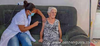 Pirapora mantém vacinação em domicílio para novo grupo. - Jornal O Anhanguera