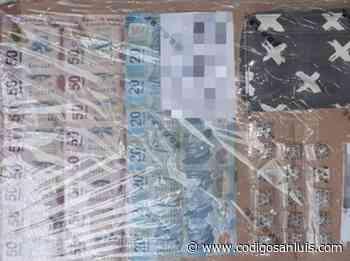 Con droga y dinero, detienen a pareja en Tamazunchale abril 20, 2021 * Una mujer y un - Código San Luis