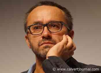Russian director Andrei Zvyagintsev gives speech in support of Navalny in Novosibirsk - The Calvert Journal
