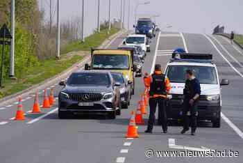 Roekeloze chauffeur vlamt aan 160 km/u voorbij politiecamera tijdens 'flitsmarathon'