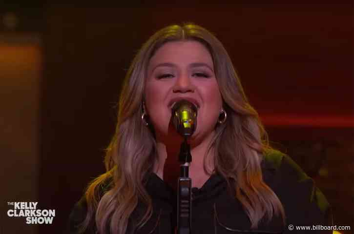 Kelly Clarkson Turns Into a Hunk of 'Burning Love' For Her Fiery Elvis Presley Cover