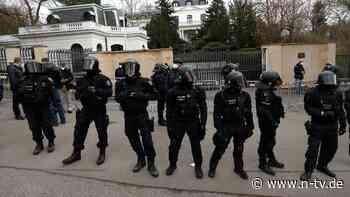 Prag wirft mehr Diplomaten raus: Tschechien und Russland eskalieren weiter