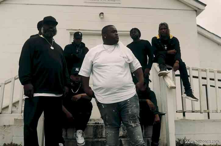 Morray Pays Homage to His Hometown in 'Trenches' Video