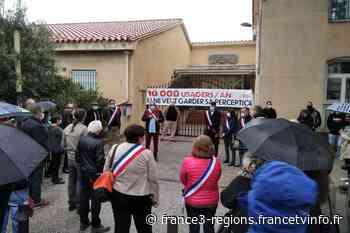 Pyrénées-Orientales : manifestation contre la fermeture de la Trésorerie d'Elne - France 3 Régions