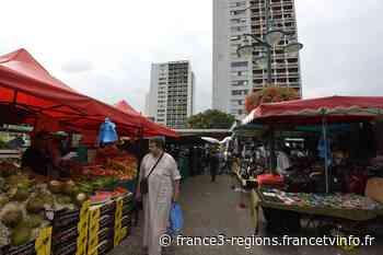 La gestion du marché du Val Fourré à Mantes-la-Jolie, l'un des plus grands de la région, épinglée - France 3 Régions