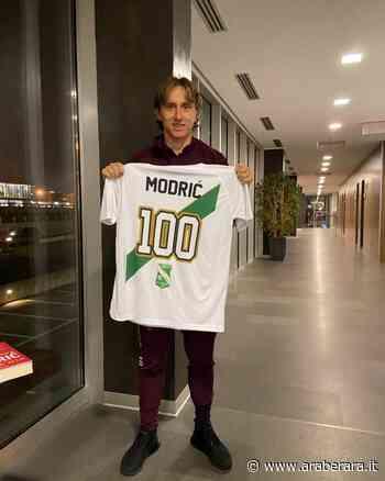ALZANO LOMBARDO - Luka Modric e la maglia per i 100 anni dell'Immacolata Alzano - Araberara - Araberara