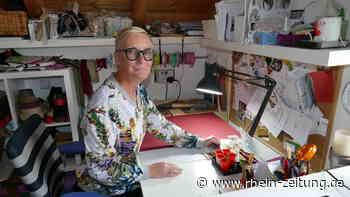 Eine Leidenschaft für ausgefallene Stoffe: Carmen Kordel aus Hausbay stellt Taschen und Accessoires aus Kork her - Rhein-Zeitung