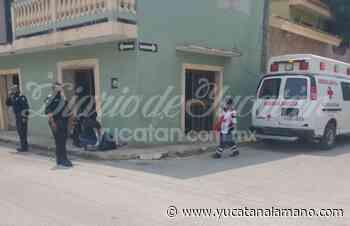 Encuentran a una mujer semiinconsciente en calles del centro de Ticul - Yucatán a la mano