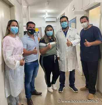 Em visita a postos de saúde, Dr. Diogo Castilho constata falta de médicos e materiais de trabalho - Agora MS
