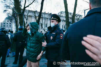 As riot police started detentions, the protesters recited Pushkin and chanted songs by Viktor Tsoy - The Independent Barents Observer