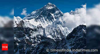 Coronavirus reaches Everest as climber tests positive - Times of India