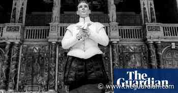 The Bard in black and white: Shakespeare by Tristram Kenton – in pictures