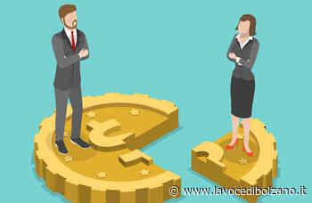 Laives, venerdì 23 aprile le borse dell'Equal Pay Day distribuite dai negozianti - La Voce di Bolzano