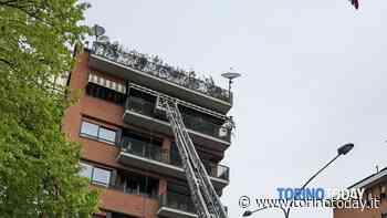 Incendio a Torino Mirafiori Nord: brucia la cucina di un appartamento, salvate un'anziana e la sua badante - TorinoToday