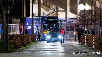 Spieler dürfen Einsatz ablehnen: Schalke droht nach Gewalt-Nacht der Zerfall