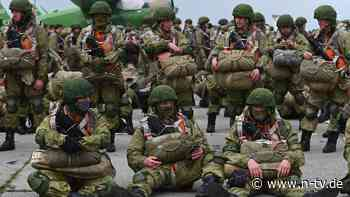 """""""Ziel des Manövers erreicht"""": Russland startet Truppenabzug von Krim"""