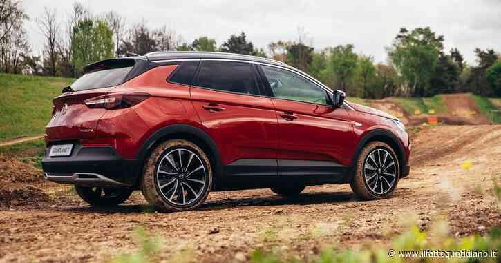 Opel Grandland X Plug-in Hybrid4, la prova de Il Fatto.it. Adatta anche alle piste da motocross – FOTO