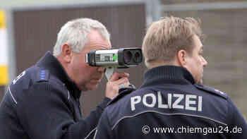Tittmoning: Geschwindigkeitskontrolle auf der B20 auf Höhe der TS 16 - chiemgau24.de
