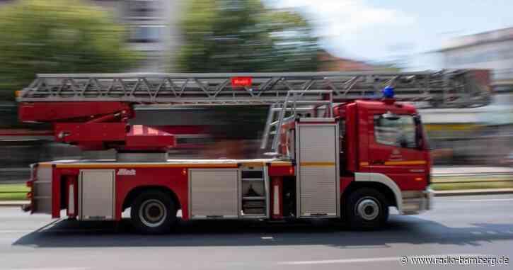 Mobilfunkmast in Flammen: Mann verhindert größeren Schaden