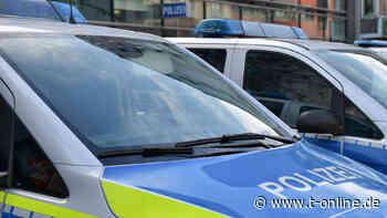Köln: Unbekannte werfen Gehwegplatte auf Polizisten – nur knapp verfehlt - t-online - Köln