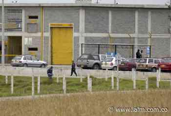 En huelga de hambre se declararon internos de la cárcel de Cómbita - La FM