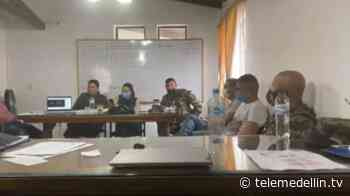 6 docentes serán trasladados por amenazas en Ituango - Telemedellín