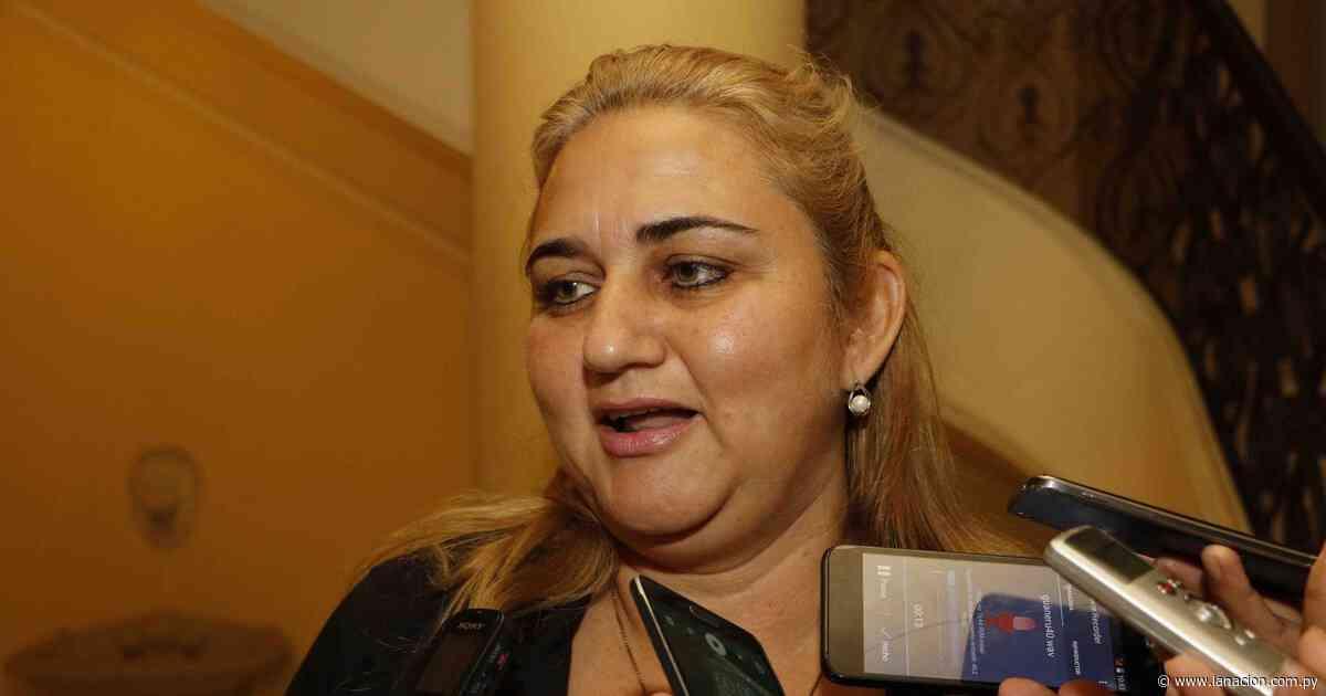En Quiindy urgen a la intendenta el pago de haberes a concejales afectados por COVID-19 - La Nación.com.py