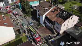 Bewohner retten Hasen aus brennendem Haus in Waldaschaff - BR24