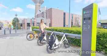 Vor dem Rathaus : Zweite E-Bike-Leihstation in Alsdorf nimmt Betrieb auf - Aachener Zeitung