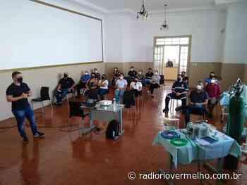 Servidores da Saúde de Ipameri recebem treinamento para atendimento de urgência e emergência a pacientes com Covid-19 - Radio Rio Vermelho