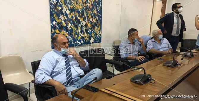 Reparto Covid a Locri, i sindaci dicono sì: «Servono subito posti letto» - LaC news24