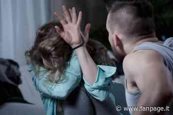 Pioltello, il compagno le rompe il naso ma lei non denuncia: a salvarla dall'incubo è il padre - Fanpage.it