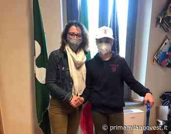 Flavio, 12 anni, pulisce le strade di Inveruno - Prima Milano Ovest