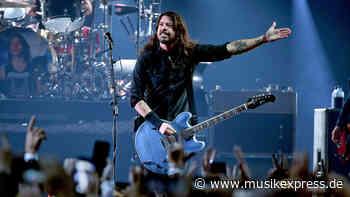 Foo Fighters: Neue Tourdaten für 2022 – Berlin ist dabei - Musikexpress