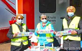 Rode Kruis-Halle verkoopt stickers tot in Bever - Persinfo.org