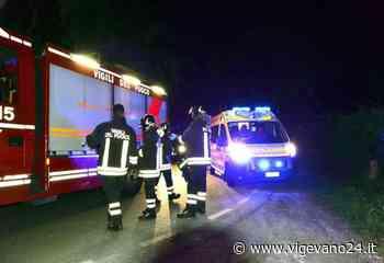 Vigevano: auto si schianta contro un muro in corso Torino, soccorso il conducente - Vigevano24.it