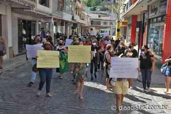 Comerciantes fecham rua e protestam contra quarentena em Mimoso do Sul - Dia a Dia Espírito Santo