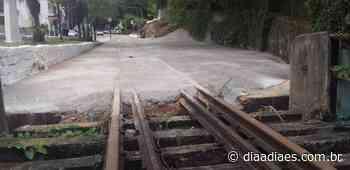 Prefeitura concreta trilhos da ferrovia em Mimoso do Sul - Dia a Dia Espírito Santo