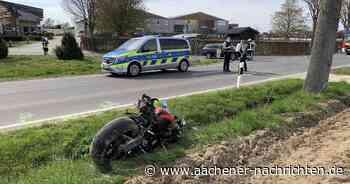 Auf Landstraße bei Erkelenz: Motorradfahrer bei Unfall schwer verletzt - Aachener Nachrichten