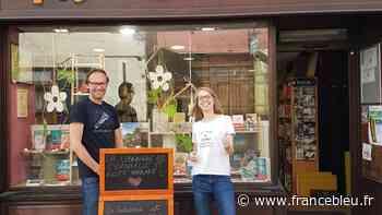 Haute-Savoie : à La Roche-sur-Foron la librairie Histoires sans fin offre des roses à ses lecteurs - France Bleu