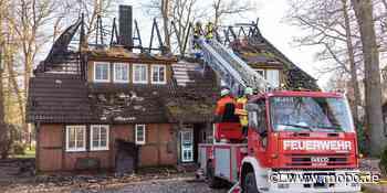 Großbrand im Norden: Altes Fachwerkhaus durch Feuer zerstört - Hamburger Morgenpost