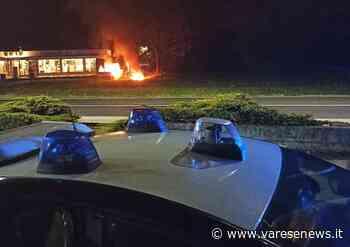 Fiamme nella notte, tre furgoni incendiati a Cuveglio - Varese Laghi - varesenews.it