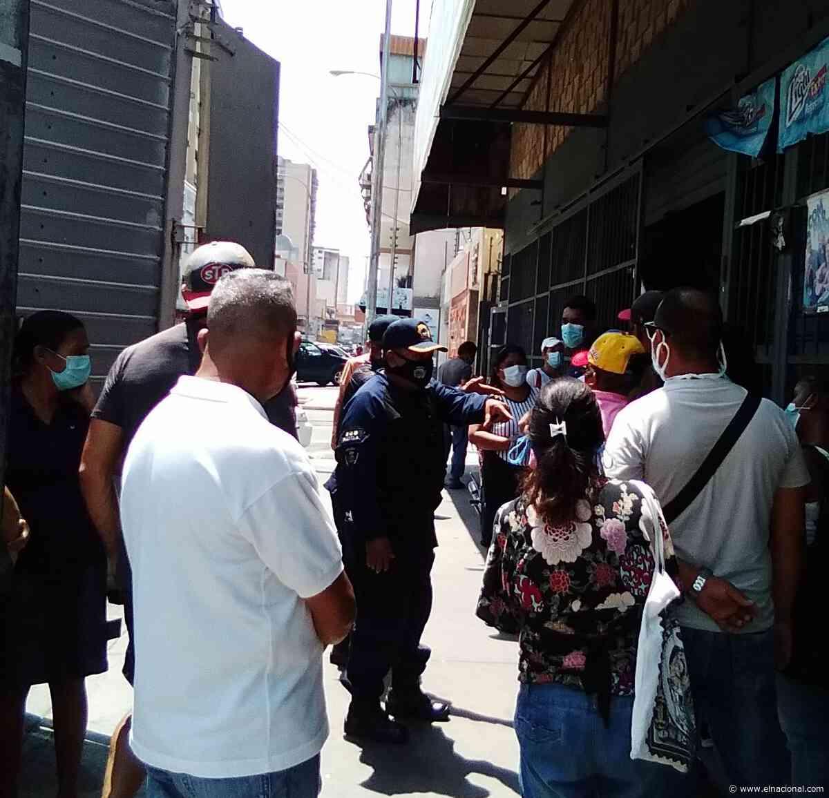 Cierre de negocios en Maracay devino en disputas entre policías y civiles - El Nacional