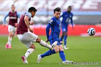 West Ham set to appeal Fabian Balbuena red card in Chelsea defeat