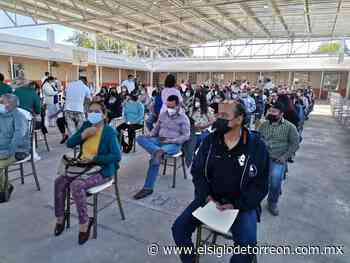 Vacunarán contra COVID-19 a 4,500 maestros en Nueva Rosita - El Siglo de Torreón