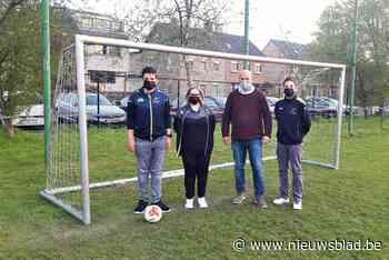 Schelle Sport geeft aftrap voor autivoetbal (Schelle) - Het Nieuwsblad