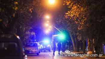 Homicidio en barrio Tablada: acribillaron a un hombre en un pasillo de Necochea y Doctor Riva - La Capital